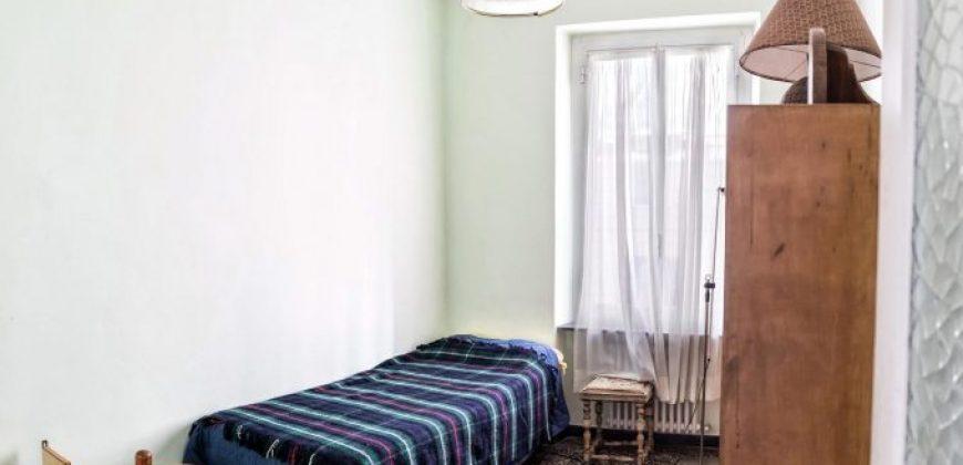 Albaro Via Cocito 7 vani con balcone