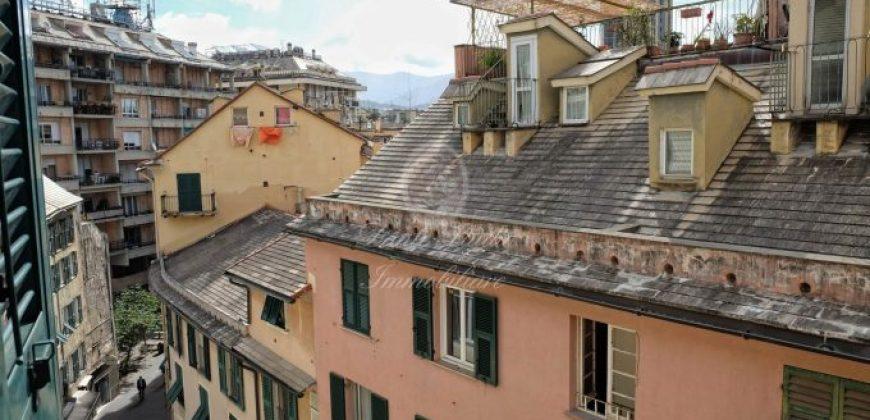 Via San Vincenzo penultimo piano 95 mq