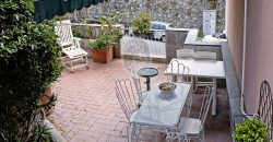 Quarto Via Angelo Carrara 7 vani con terrazzo