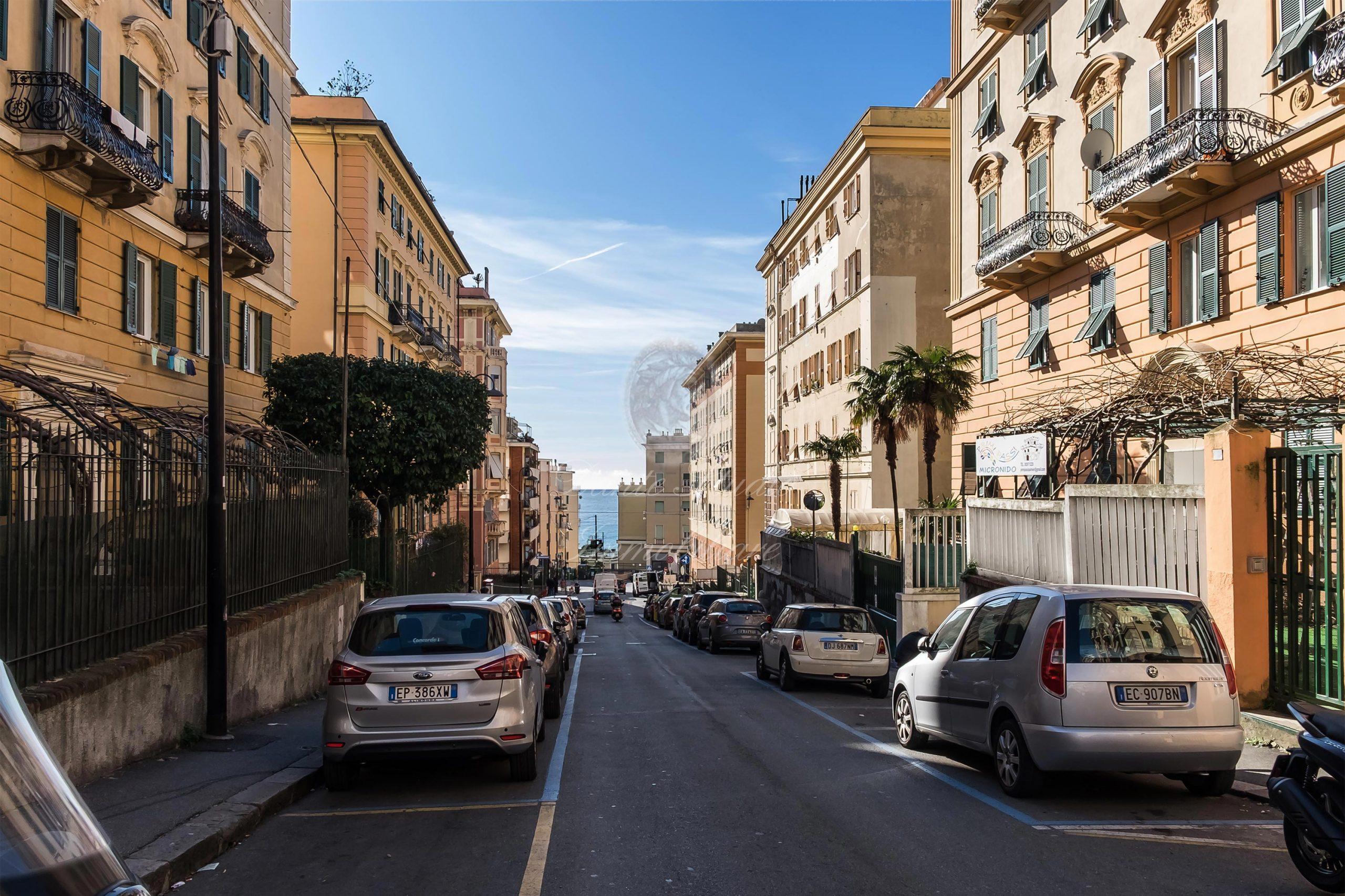 Albaro Via Cocito 7 vani ristrutturati